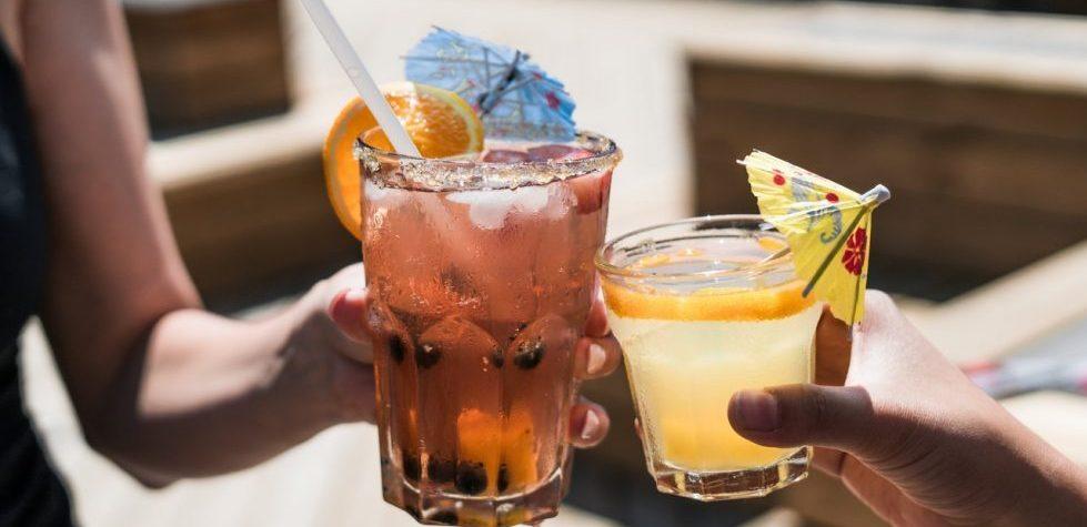 Hoe je van je werk in de zomer een feestje maakt! 8 verfrissende tips.
